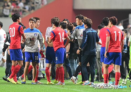 한국 대표팀이 월드컵 전 마지막 담금질 무대에서 가나에게 0-4으로 완패했다. ⓒ 엑스포츠뉴스DB