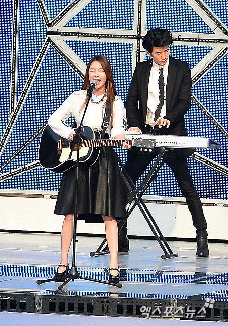 제이민이 'SMTOWN LIVE' 첫 무대를 꾸몄다. 권태완 기자