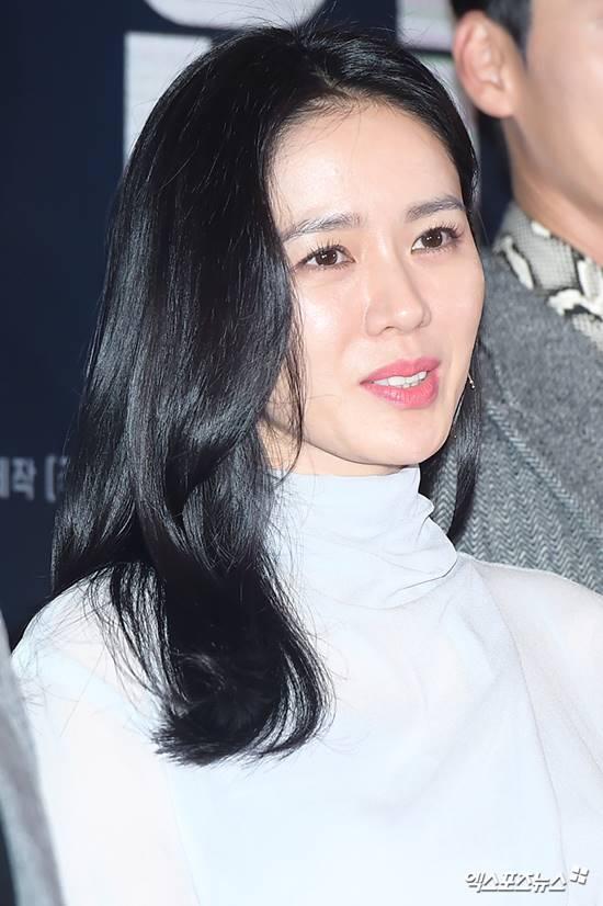 손예진, 24일 '뉴스광장' 출연 확정...'협상' 그리고 현빈에 대해