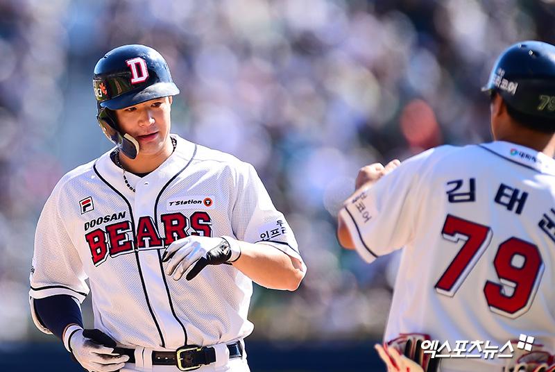 김재환, KBO 최초 3년 연속 30홈런·100타점·100득점 달성